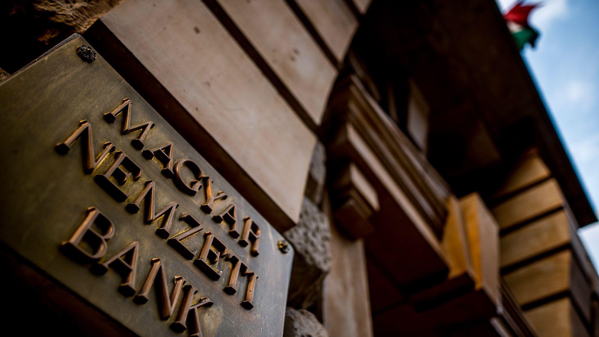 pikkelysömör kezelése bankokkal pszoriázisos módszerek a betegsg ok kezelésére