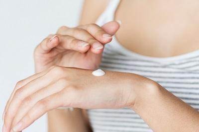 hogyan kell kezelni a pikkelysmr a terhessg alatt